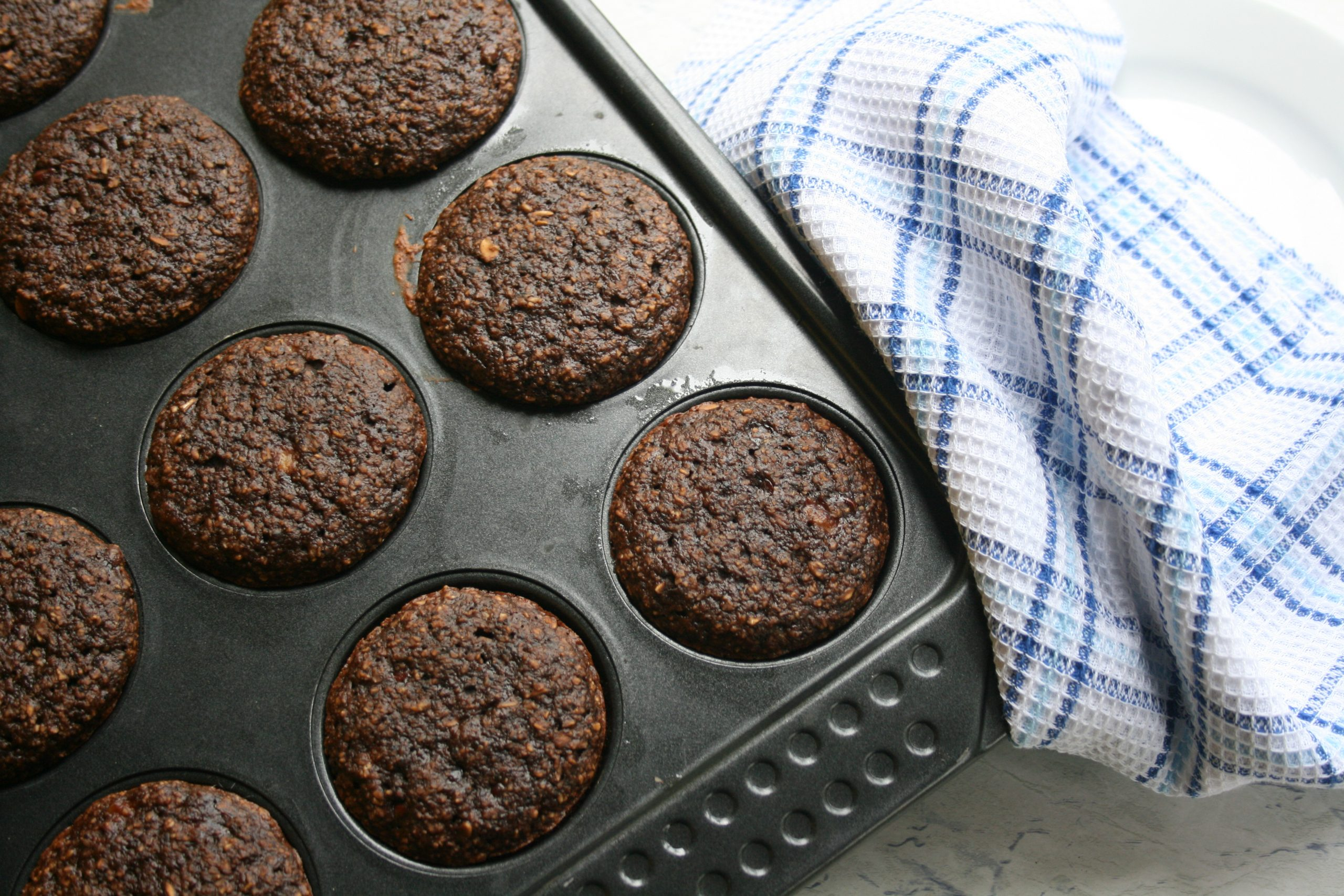 oat and honey chocolate muffins