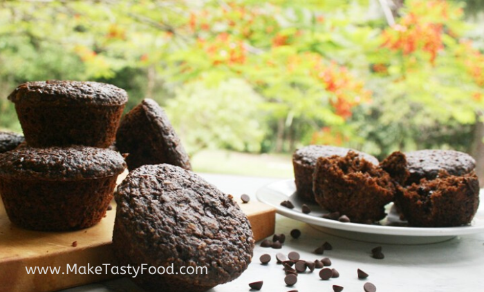 baked oat and chocolate muffins