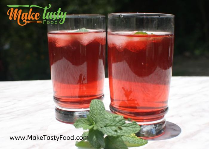 iced fruity tea in glasses
