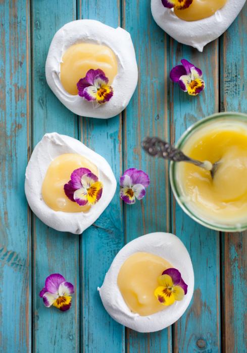 lemon curd filled meringues