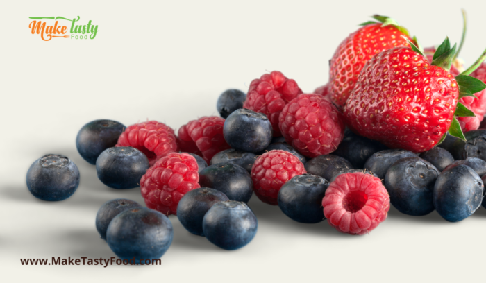 Blueberries and raspberries for french toast toppings